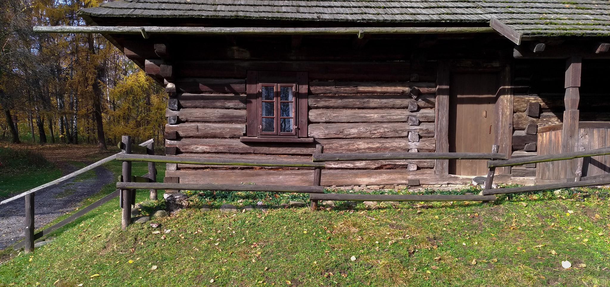Skansen Chorzow - Chalupa z Bazanowic - Gornoslaskie Muzeum Etnograficzne