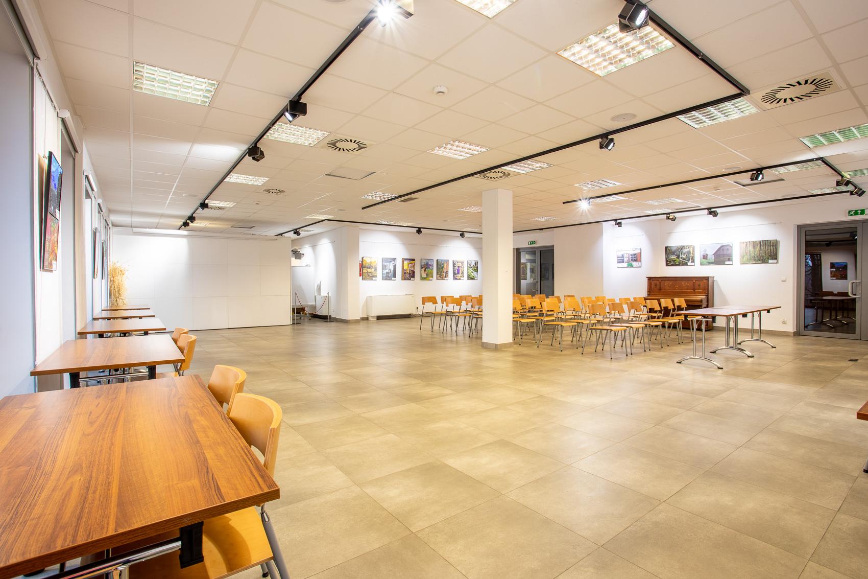 Wynajem pomieszczeń - Chorzów - Katowice - sala 140 m2